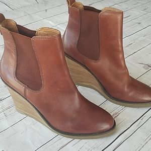 Lucky Brand leather wedge booties sz 10